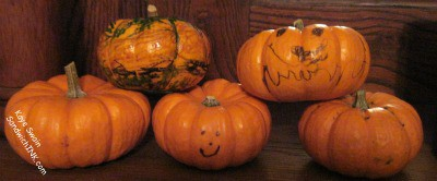 These fun fall pumpkin table decorations activities for grandparents and their grandchildren are also fun and easy crafts for seniors - including our beloved who might get somewhat confused at too difficult activities