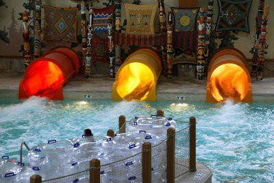 Great Wolf Lodge is a favorite for our Sandwich Generation family - public domain photo from Wikipedia sm