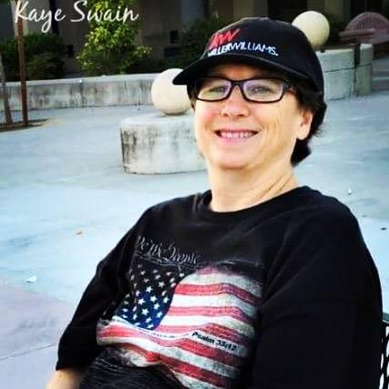 Kaye Swain Roseville Real Estate Agent 2016 July 4th fun run parade patriotic t-shirt