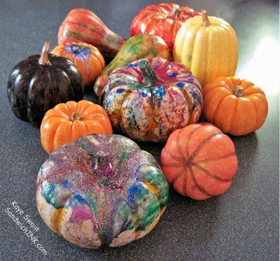 Such fun fall pumpkin table decorations activities for grandparents and their grandchildren and they could make such delicious pumpkin pies - check out these yummy recipes to eat