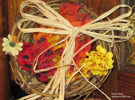 Sweet fall wreaths - sweet family memories - sweet Sandwich Generation activities for granny nannies and grandkids