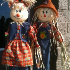 The Sandwich Generation Granny Nanny is thrilled with the early signs of autumn - love these fall scarecrows