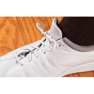 The Sandwich Generation granny nanny ordered these white elastic shoe laces because I can use my Amazon Prime Discounts Membership for free shipping