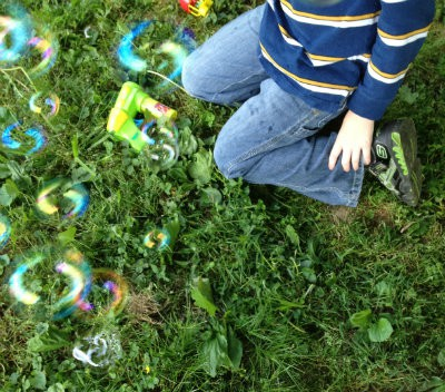 We do not know how to make homemade bubble solution but have fun with colored bubbles thanks to Walmart and love the pix I get with my easy to use digital camera