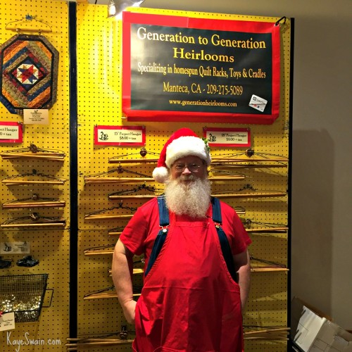 Santa at the Quilt Show in Sacramento CA via Kaye Swain blogger and REALTOR